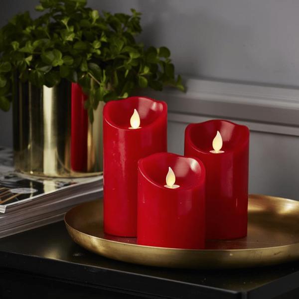 "LED Stumpenkerze ""TWINKLE"" - bewegte, warmweiße LED Flamme - H: 12,5cm, D: 7,5cm - Timer - rot"