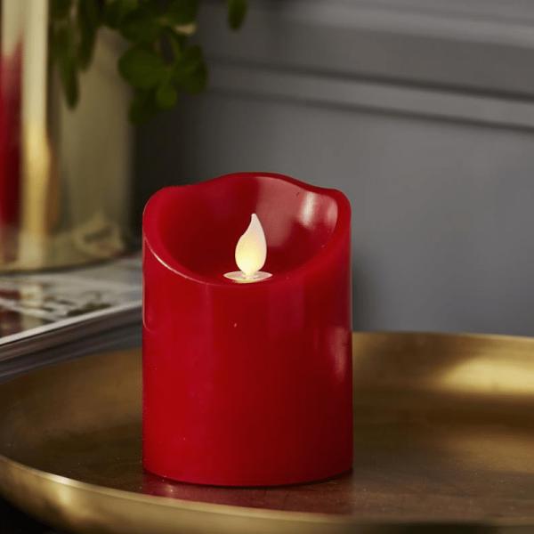 "LED Stumpenkerze ""TWINKLE"" - bewegte, warmweiße LED Flamme - H: 10cm, D: 7,5cm - Timer - rot"
