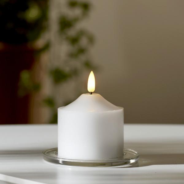 """LED Stumpenkerze """"Flamme"""" - Echtwachs - warmweiße 3D Flamme - H: 9,5cm - Batteriebetrieb - Timer"""