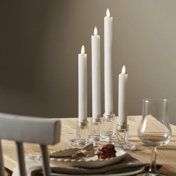 """LED Stabkerzen """"Flamme"""" - Kunststoff - warmweiße LED - H: 16-28,5cm - Timer - weiß - 4er Set"""