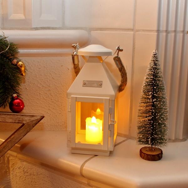 LED Kerze aus Kunststoff - gelb flackerndes Licht - H: 6cm, D: 4cm - Batteriebetrieb - beige