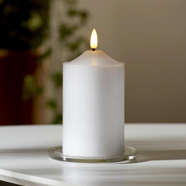 """LED Stumpenkerze """"Flamme"""" - Echtwachs - warmweiße 3D Flamme - H: 15cm  - Batteriebetrieb - Timer"""