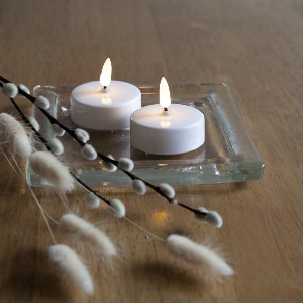 LED Teelicht - warmweiße flackernde Flamme - Batteriebetrieb - Timer - D: 5,8cm - weiß - 2er Set