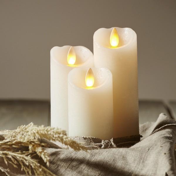 "LED Kerze ""Glow"" - Echtwachs - gelbe flackernde LED - Timer - H: 12,5cm, D: 5,5cm - weiß"